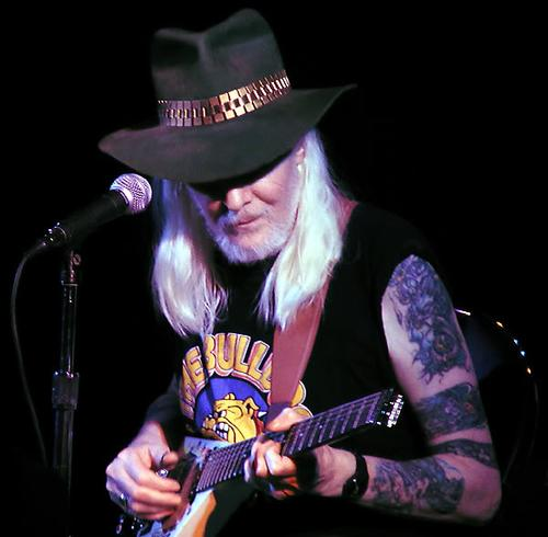 Фото Johnny Winter