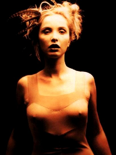 julie delpy an ocean apart lyrics