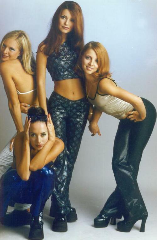 Группа блестящие эротическое фото, насадил жопу на огромный черный член